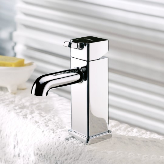 7909 Mark II Faucet & showers